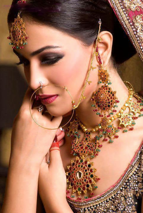 Latest Jewellery Collection For Parties From New Year 2014