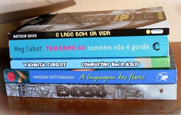 Caixa de Correio, livros, fotos