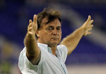 Quintabani golpeó al presidente y renunció al Cúcuta