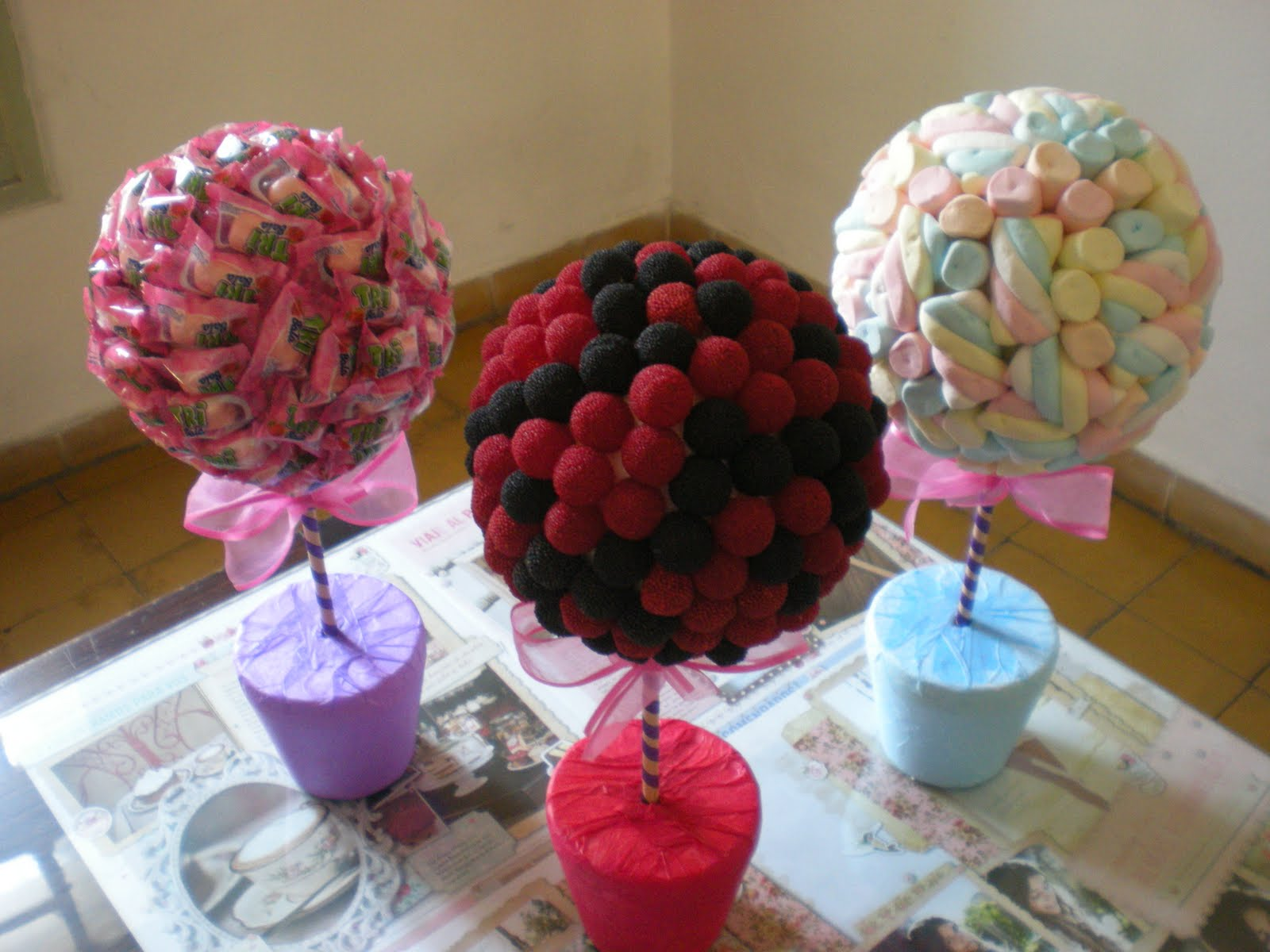 Topiario de dulces for Centros de mesa con chuches