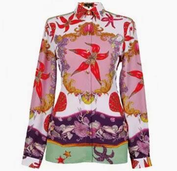 Versace coleção feminina Riachuelo camisa com estampa fundo do mar