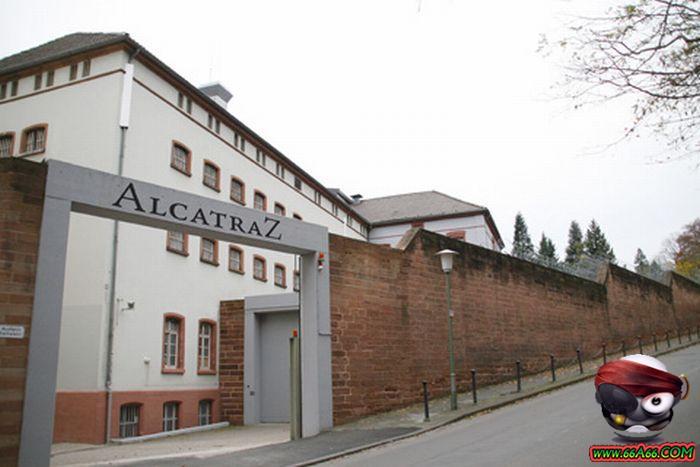 بالصور سجن النساء في ألمانيا Domain-c9679622b1
