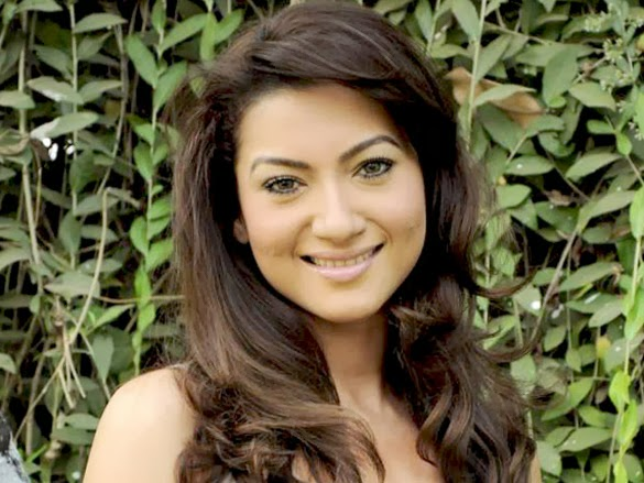 Gauhar Khan HD Wallpapers Free Download