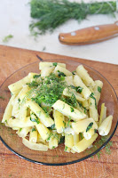 http://theseamanmom.com/yellow-beans-recipe-with-garlic-dill-parsley/
