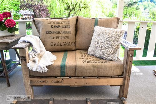 sofa karung goni bekas