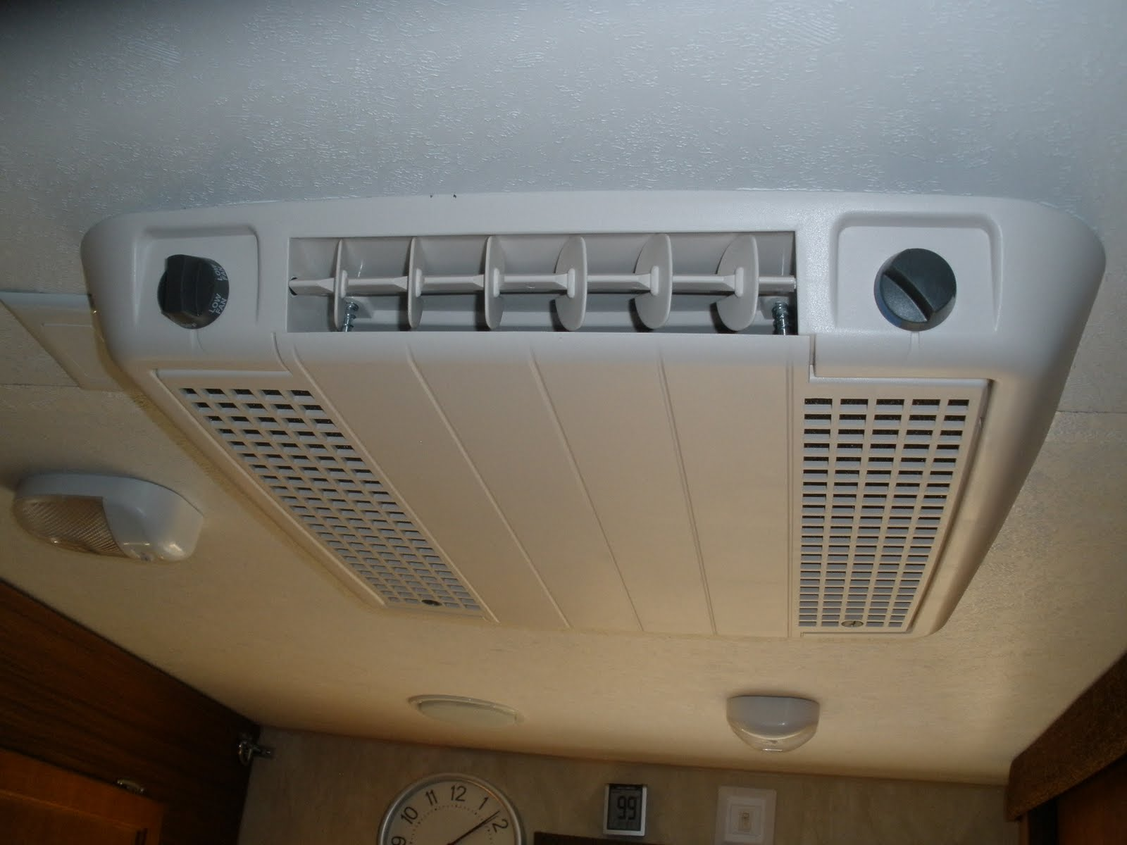 Net Open Roads Forum: Travel Trailers: Air conditioner mod help needed #35281A