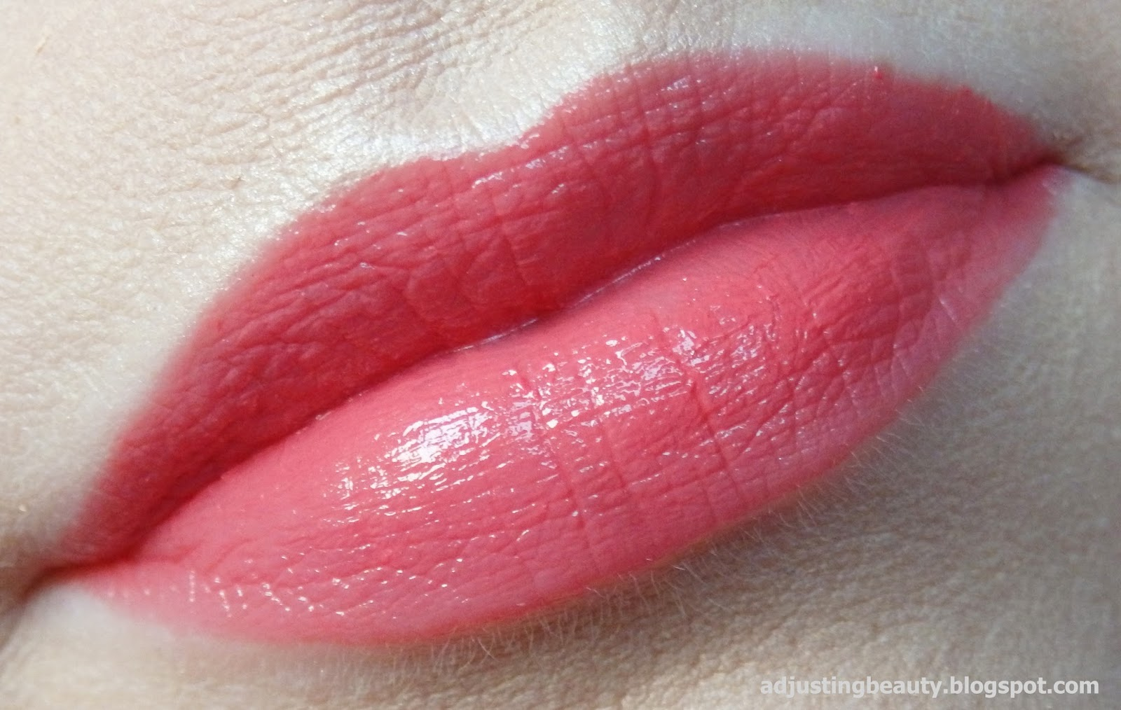 Review Avon Ultra Color Indulgence lipstick Honey Flower and Peach Petunia
