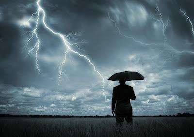 http://4.bp.blogspot.com/-_5wgiHqqSe8/UmRhaRUFXsI/AAAAAAAAkiE/gPs8mpu5_uc/s1600/a+sometimes+it+takes+a+storm7777.jpg