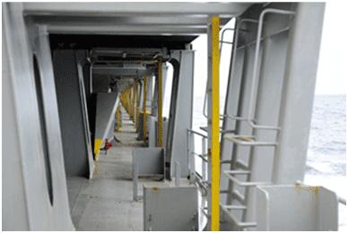 Палуба контейнеровоза