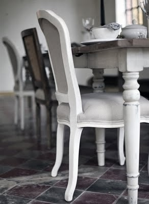 Matbord och stolar!