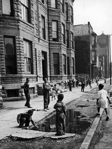 """an analysis of chicago cha history by 1950 New public housing units in the """"black belt"""" on the south side photo: city of chicago 22 woodlawn property owners association, a state court ordered the hansberrys to vacate."""