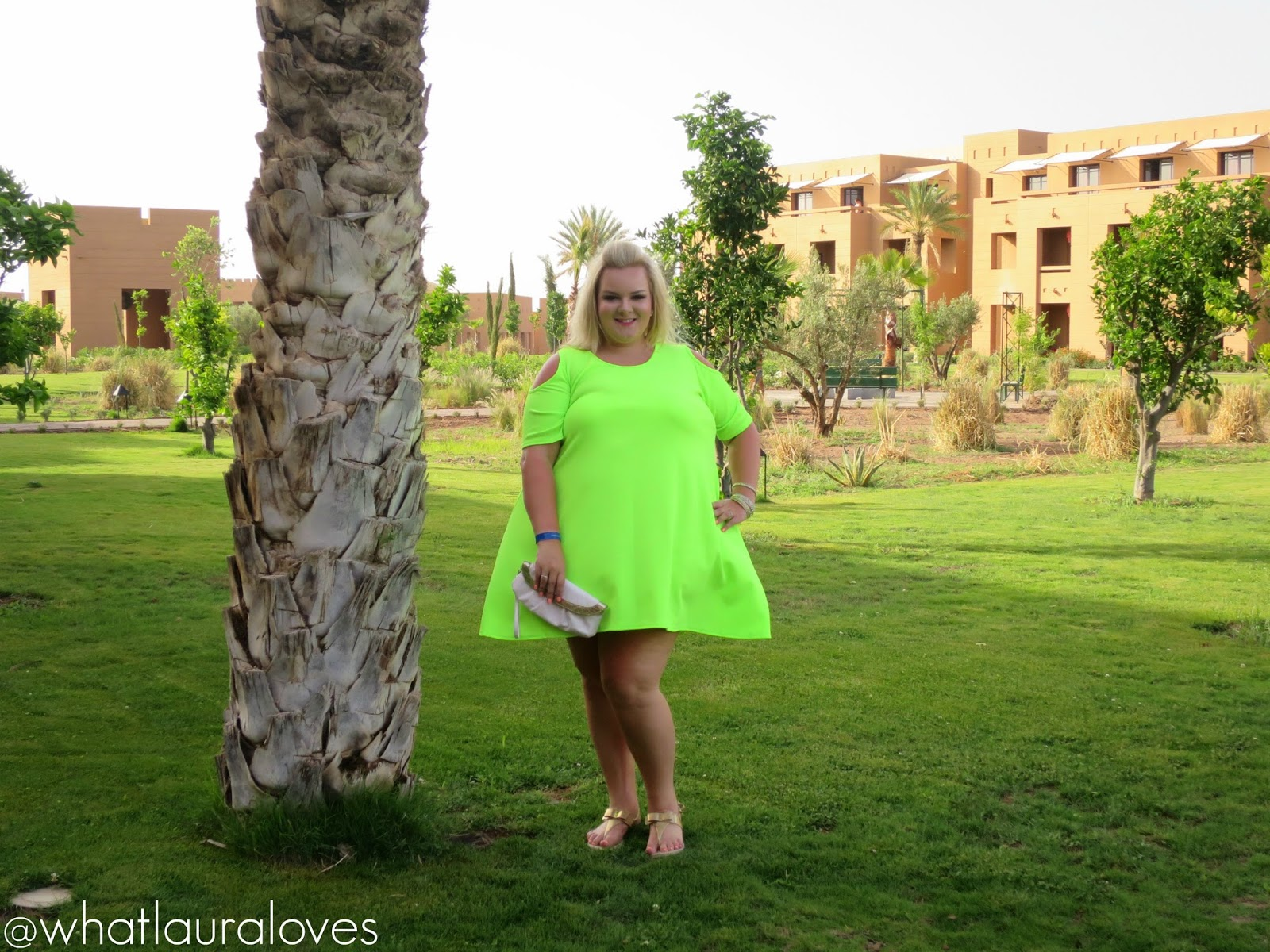 Boohooplus plus size lime dress