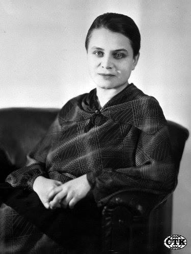 Am Er Rose >> Lather, Foam and Froth: Marie Čermínová/Toyen, 1902 - 1960