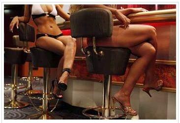 Se buscan catadores de prostitutas(