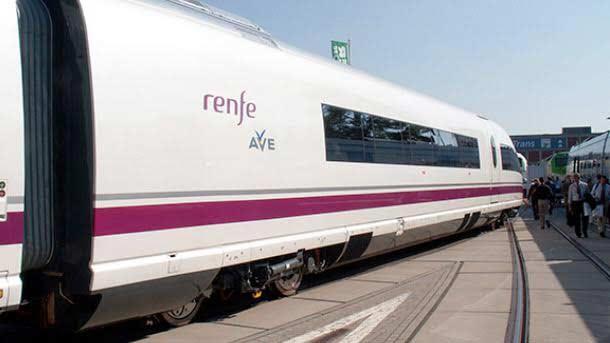 Seguir al FC Barcelona en tren y AVE es más barato con Trenes.com