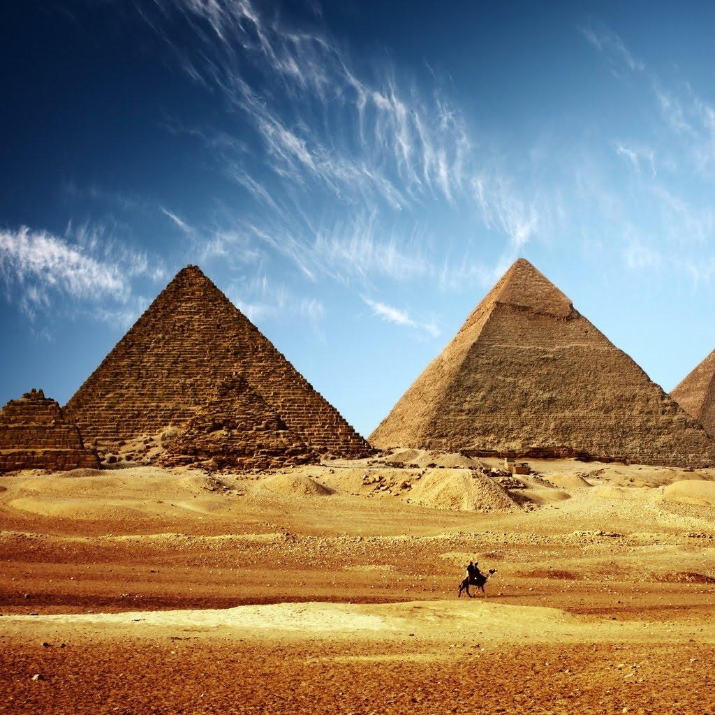 Egypt Wallpaper: Lovely Egyptian Pyramids