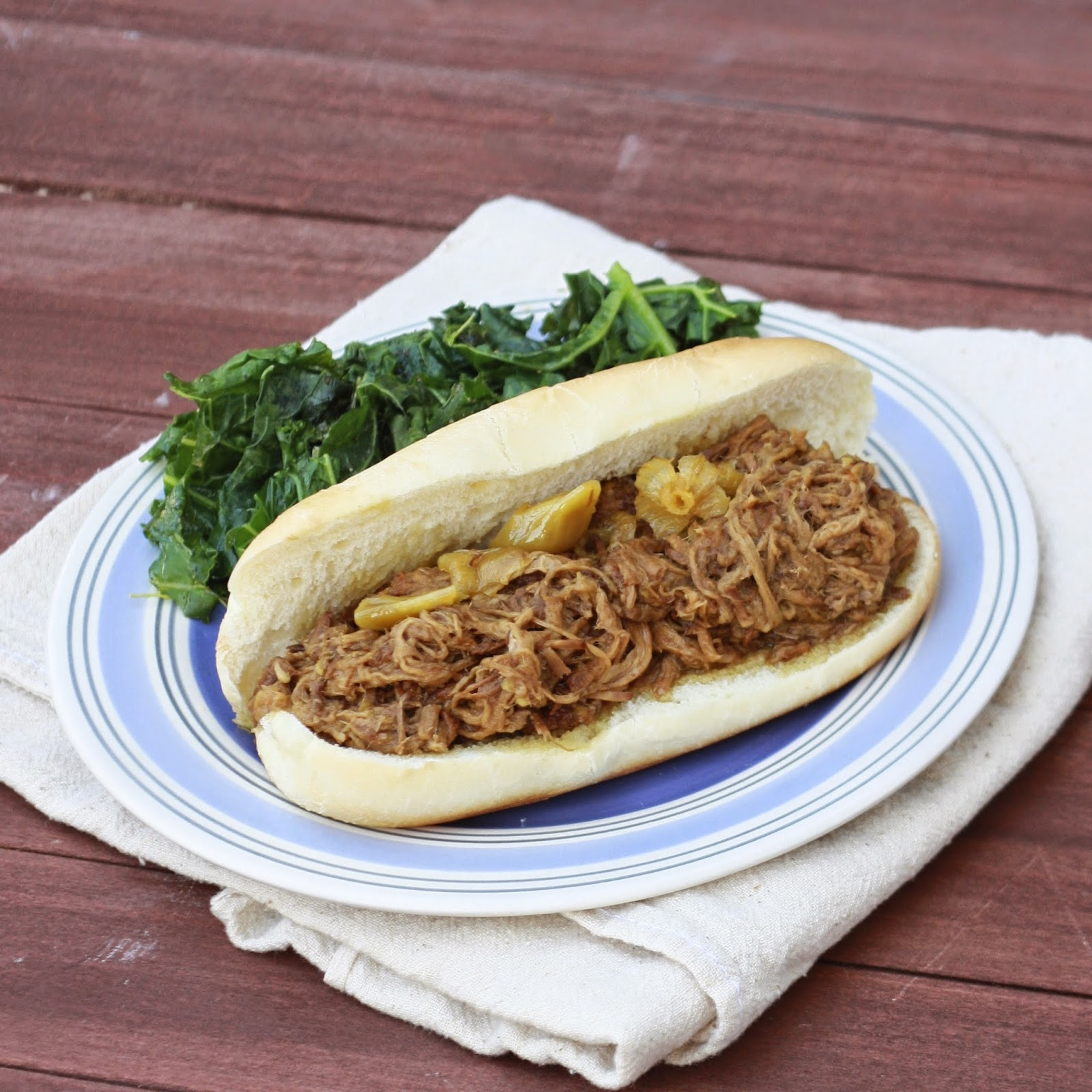 Slow Cooker Italian Beef Sandwiches | The Sweets Life