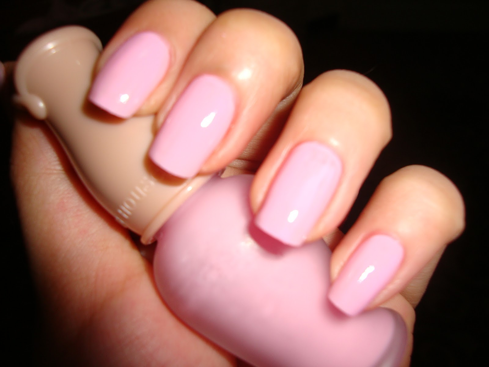 Дизайн ногтей матовые розовые фото