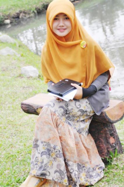 10 Alasan Wanita Menunda Berhijab