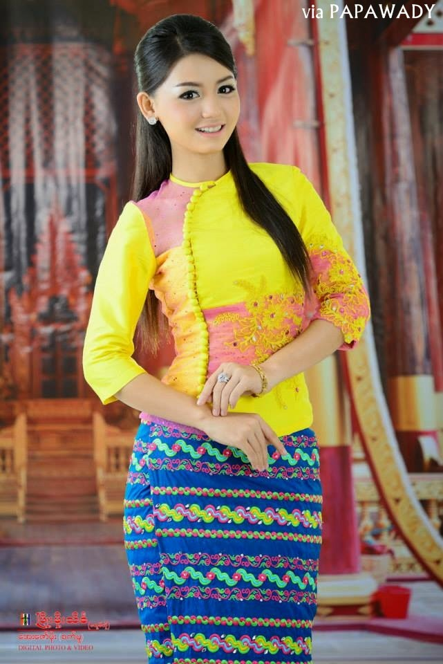4 Myanmar Celebrities in Beautiful Myanmar Dress Fashion | PAPAWADY