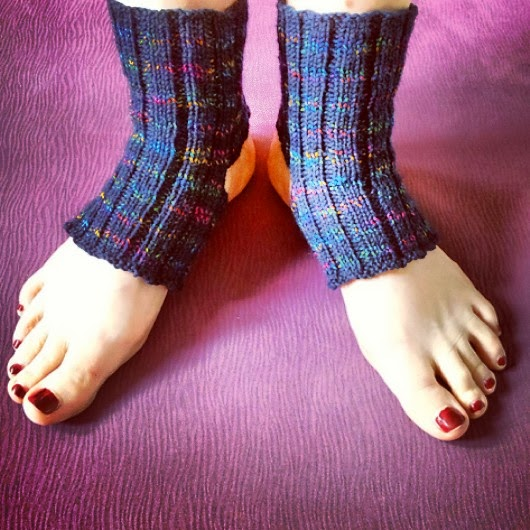 Knitting and so on: Yoga Socks, Yoga Socks and Yoga Socks