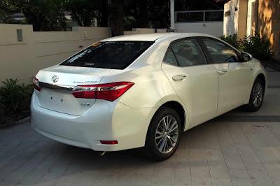 Spesifikasi Eksterior Belakang Toyota All New Corolla Altis 2016 Indonesia