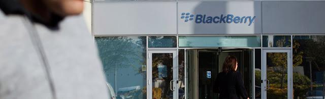 """El servidor que causó la falla de Blackberry estaba en Europa. El director de la Zona Andina de Research in Motion, Juan Cardona, aseguró que la falla en el servicio de Blackberry Messenger ya fue """"100% solventada"""" y que la empresa está """"enviando los mensajes y correos atascados"""" por el inconveniente que comenzó hace tres días. Cardona explicó que """"ningún mensaje que se haya enviado a través de nuestros servicios de correo o Blackberry Messenger ha sido eliminado"""" y están siendo entregados de manera progresiva. Enfatizó que el equipo de ingeniería de la empresa ya se ha reunido para aplicar"""