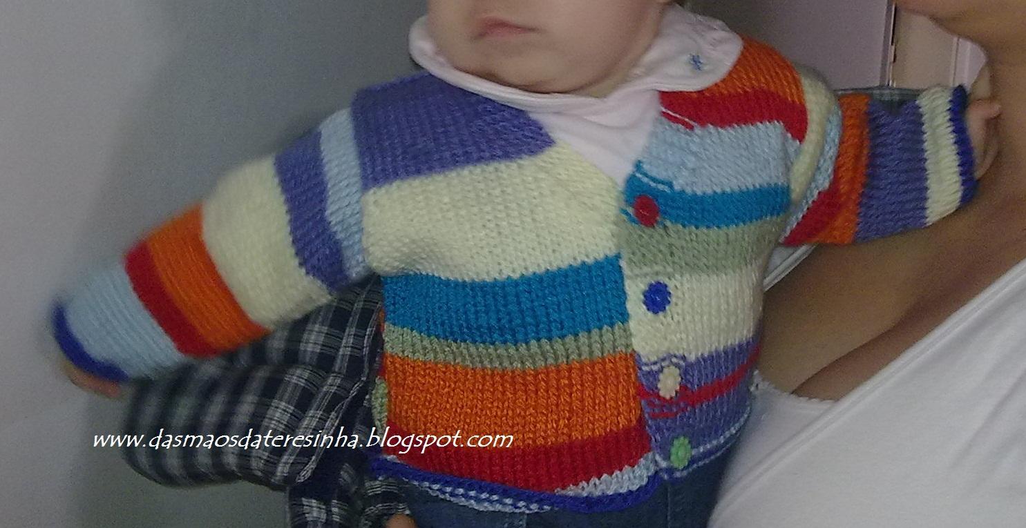 Das Mãos da Teresinha  Casaco de tricô para bebé 750dd4ee5ee