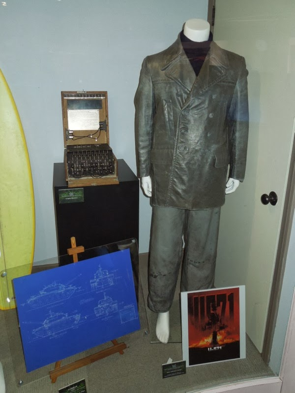 Matthew McConaughey U571 costume Enigma Machine prop