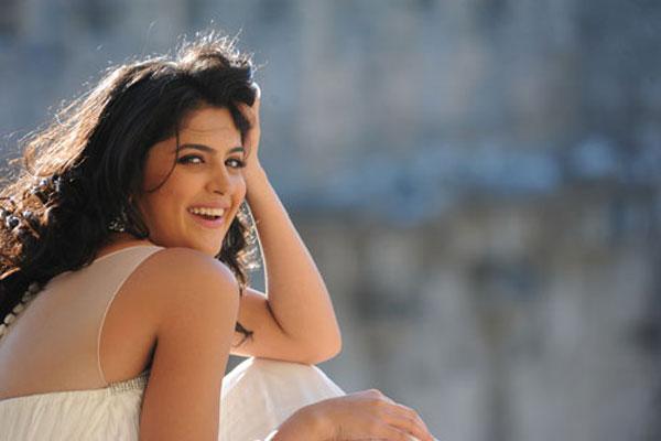 Deeksha seth latest ph...