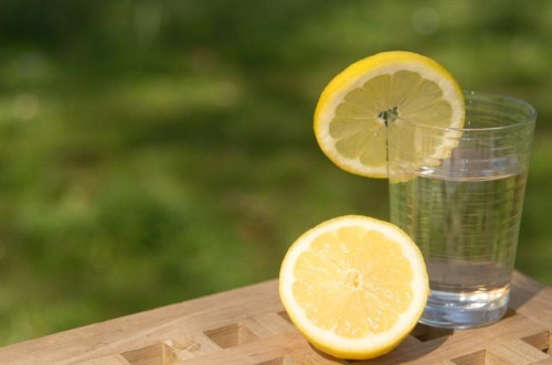 water with freshly squeezed lemon