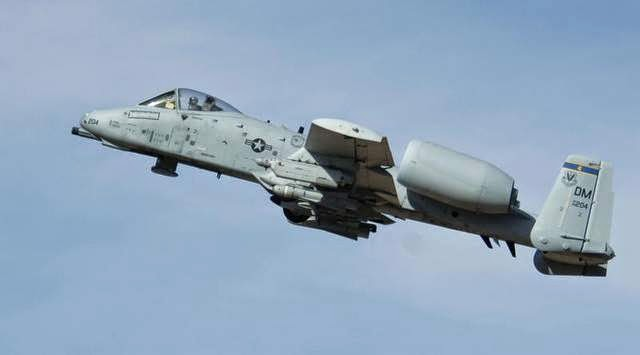 Military News - Senators: No A-10 storage compromise