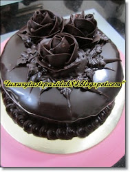 Chocolate Moist Cake With Chocolate Roses