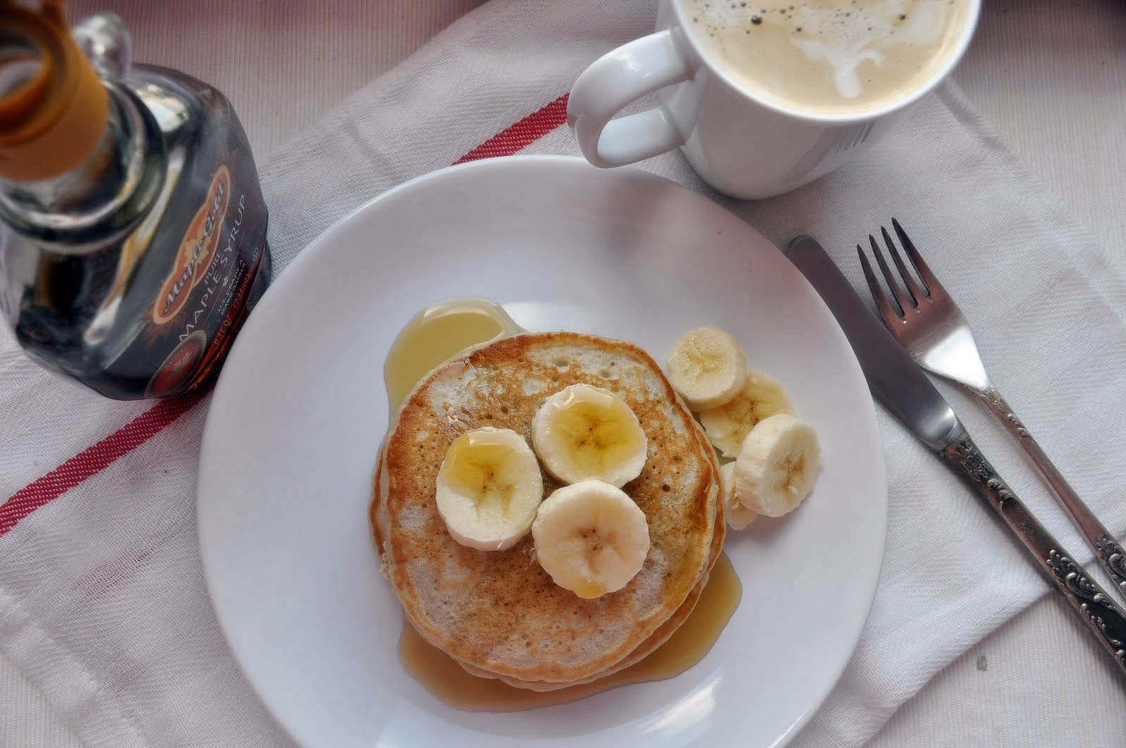 Панкейки из банана и яйца