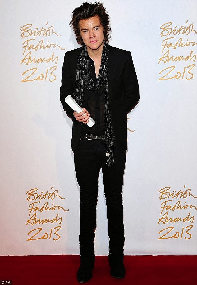 Celeb Diary Harry Styles @ 2013 British Fashion Awards