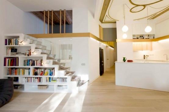 Aprovechar el espacio de debajo de la escalera decora y for Ideas decorativas home