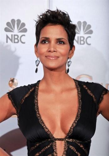 artis indo pose telanjang aktris pakistan inisial badan
