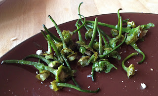 How to cook Padrón Peppers (Pimientos de Padrón)