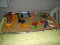 Caixa de Areia: trabalhar produção textual, oral e escrita e percepção tátil.