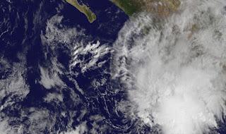 Pot. Tropischer Sturm SERGIO vor der Pazifikküste von Mexiko, Sergio, aktuell, Pazifische Hurrikansaison, 2012, Radar Doppler Radar, Acapulco, Manzanillo, Ixtapa, Zihuatanejo, Puerto Vallarta, Hurrikansaison 2012, Mexiko, Vorhersage Forecast Prognose, Satellitenbild Satellitenbilder,
