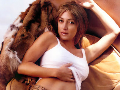 American actress Sasha Alexander Wallpapers