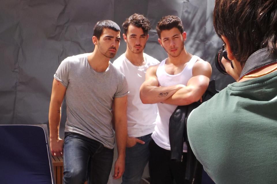 Photo shoot  Nick Jonas  amp  his biceps and his brothersNick Jonas Biceps 2013