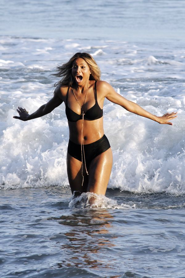 Singer ciara bikini butt