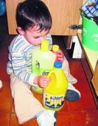 Accidentes caseros intoxicaciones alergias e - Productos de limpieza caseros ...