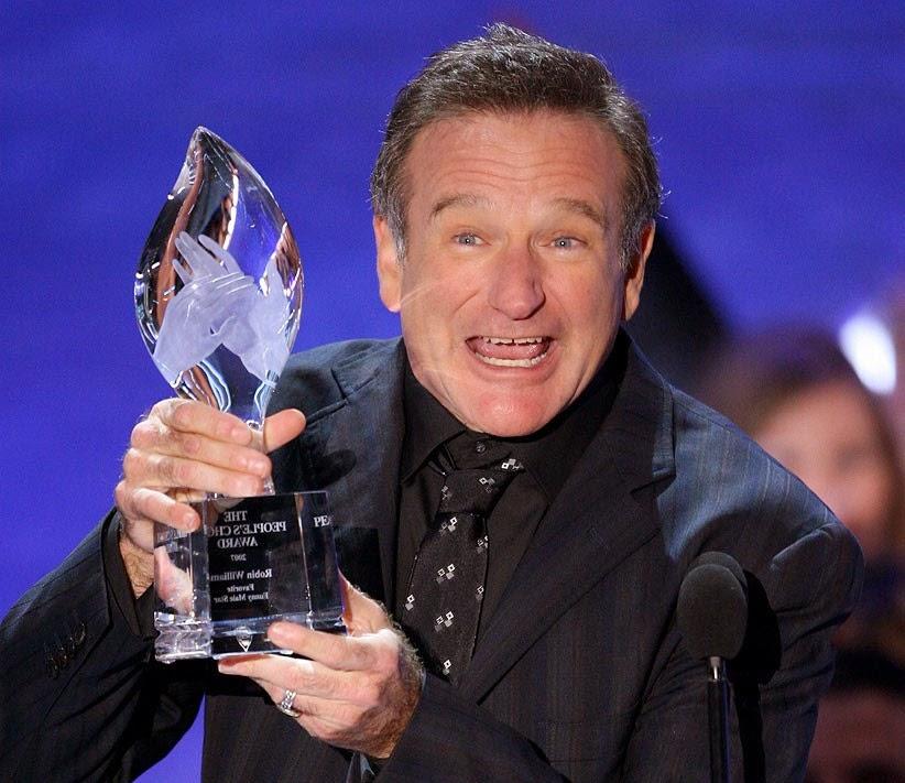 Actor Robin Williams encontrado muerto en su apartamento - posible suicidio