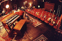 Daniel Lanois Gitarren im Teatro