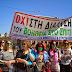 Φιμωμένοι και αλυσοδεμένοι διαδήλωσαν οι εργαζόμενοι του «Βοήθεια στο Σπίτι» στους δρόμους της Αθήνας