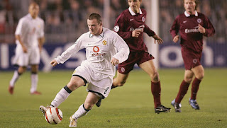 gambar desain jersey dan jersey retro MU Jersey Manchester United third terbaru musim 2003/2005