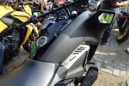 tangki bbm Honda NM4 Vultus