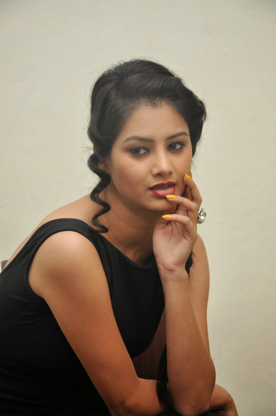 Monika singh sizzling photos in black-HQ-Photo-10